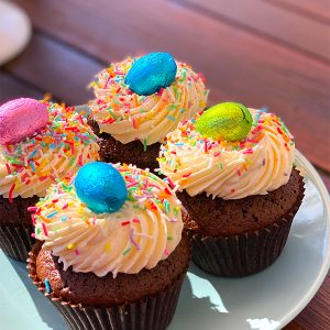 SPECKLED EGG CUPCAKES 6PK