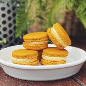 Delicious Honeycomb Macaron 20pk